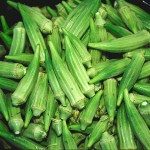 Bucket_of_raw_okra_pods